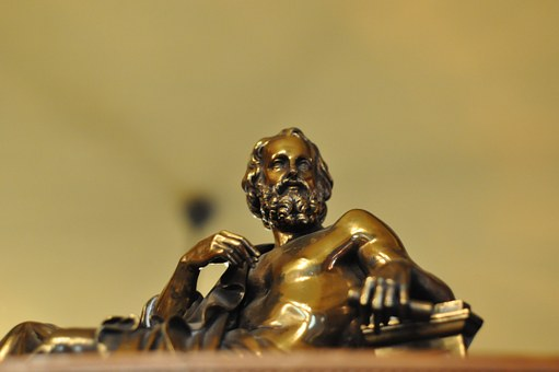 bronze-610837__340[1]
