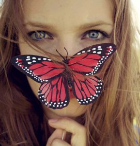 beautiful-butterfly-girl-girly-Favim.com-2468827