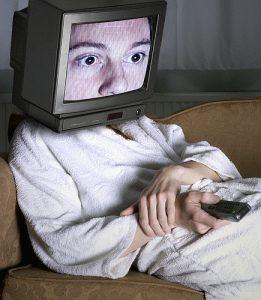 TV ZOMBIE  (2)