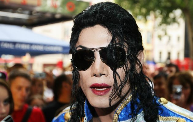 Navi-Michael-Jackson-impersonator