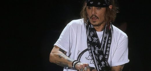 PHOTOPRESS Lucca Summer Festival 2018 JOHNNY DEPP IN CONCERTO CON I HOLLYWOOD VAMPIRES