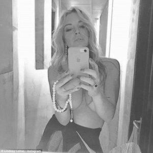 Lindsay Lohan, pubblica una foto h0t che cancella poco dopo