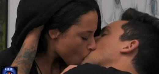 GF15-Il-bacio-tra-Matteo-e-Alessia