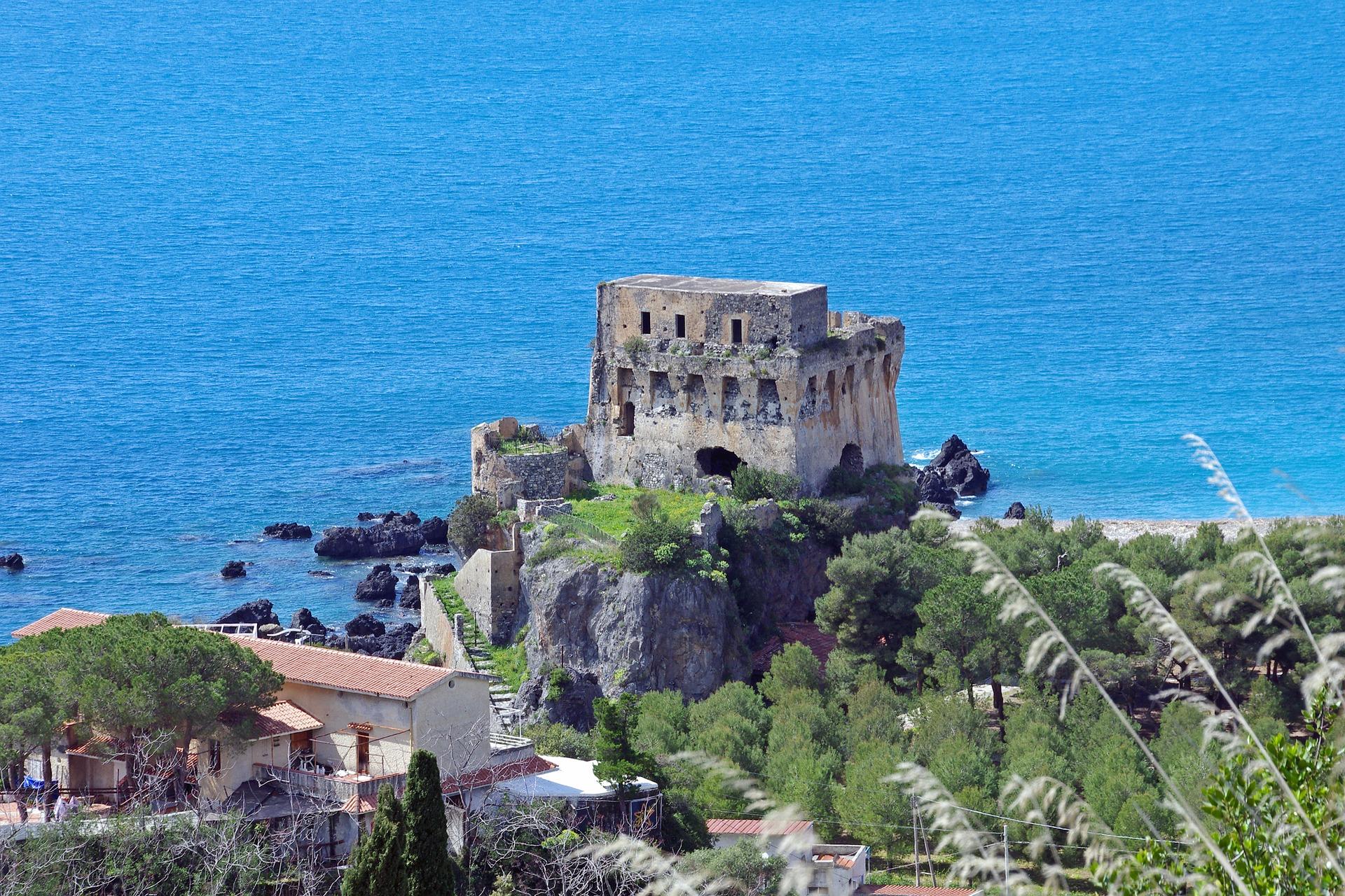 villaggi turistici direttamente sul mare