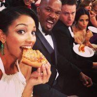 selfie-pizza-oscar-smartbox-social-dinner-rossopomodoro-eatataly-brian-berry-building-pizza-mangiare-mani-dita-non-si-dice-piacere-bon-ton1_05142809