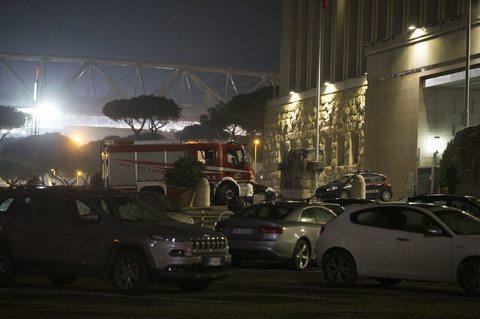 """Terremoto, ci sono danni a Roma: """"Crepe in alcuni palazzi"""". Farnesina evacuata"""