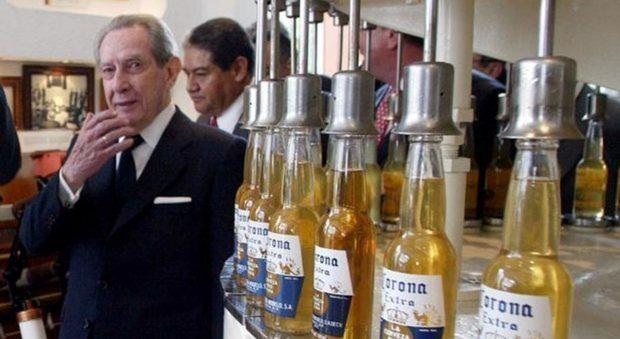 Corona, morto il magnate della birra: ecco a chi va l'eredità di 198 milioni