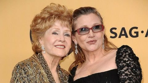 Morta Debbie Reynolds, non ha retto alla scomparsa della figlia Carrie Fisher