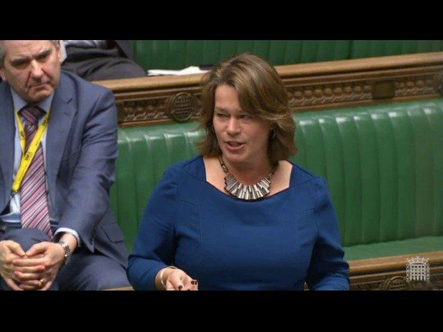 """La deputata commuove il Parlamento: """"Violentata a 14 anni, ma ho vinto io"""""""