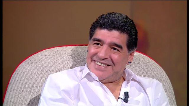 """Maradona a L?Intervista: """"Sono tremendamente innamorato di Rocio"""""""
