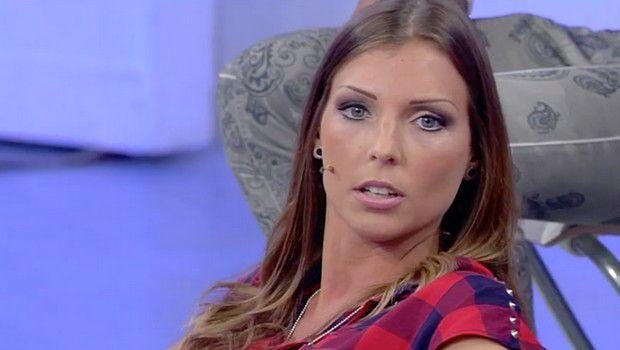 Uomini&Donne. Paura per Tara Gabrieletto, ricoverata in ospedale