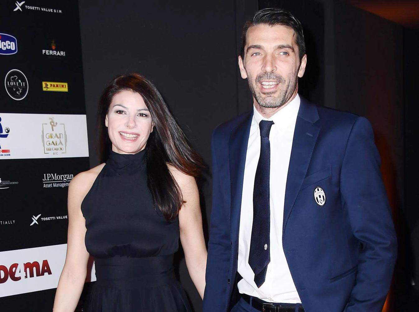 Gigi Buffon, colazione dolcissima mano nella mano con Ilaria D?Amico