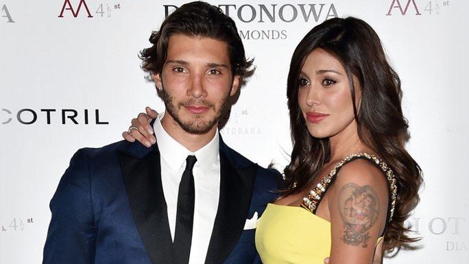 "Belen Rodriguez e Stefano De Martino, tensione a Selfie: ""E' gelosa di una ragazza"""