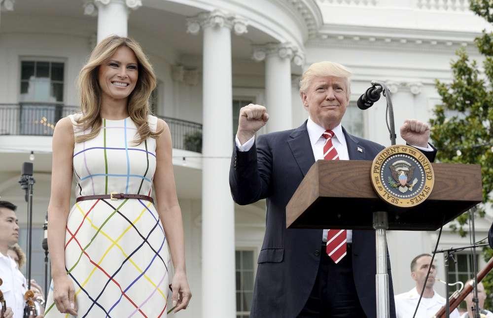 Picnic alla Casa Bianca, Melania Trump mette la tovaglia