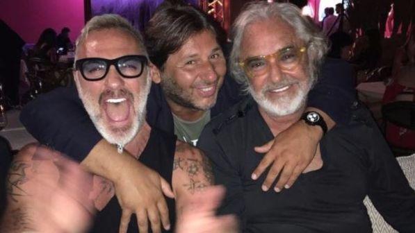 Gianluca Vacchi, festa da Briatore con inno di Mameli