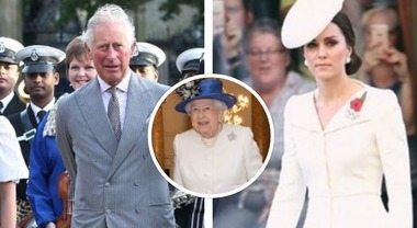 """Dopo Kate Middleton, anche il principe Carlo sfida la regina Elisabetta: """"Non ne può più..."""""""
