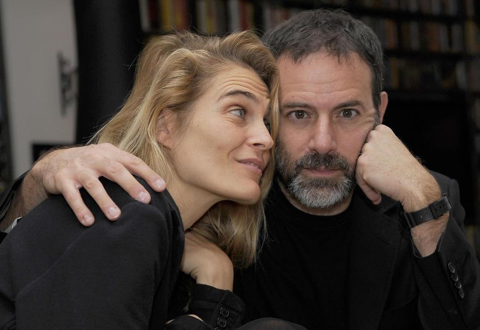"""La moglie di Brizzi: """"Difendo Fausto, è tribunale mediatico. Sono barricata in casa con mia figlia"""""""