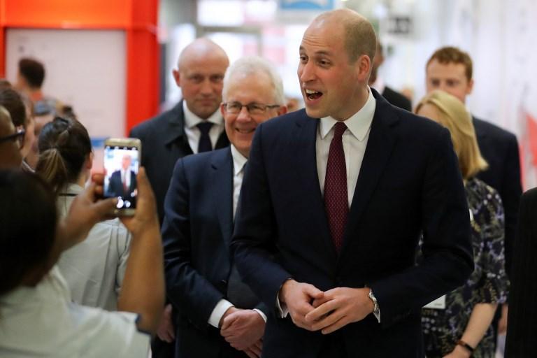 Per William i capelli sono un ricordo: il principe sfoggia un nuovo look...
