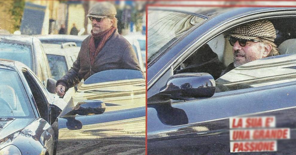 Christian De Sica e il parcheggio in divieto: lascia la Ferrari sulle strisce pedonali