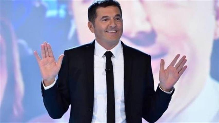 Gerry Scotti sostituito da Teo Mammucari e addio a The Wall? Cosa accadrà su Canale 5...