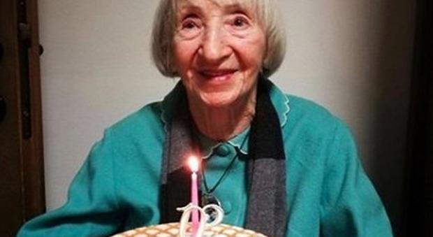 Nonna Lina, 102 anni, guarisce dal coronavirus e viene dimessa. I medici: «È Highlander». La sua storia sulla Cnn