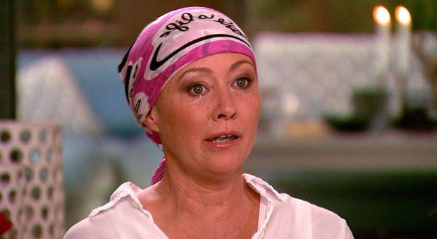 Shannen Doherty balla dopo la chemioterapia, l'ex Brenda di Beverly Hills 90210 è malata di cancro al seno