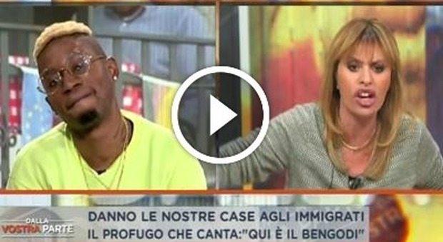 """Alessandra Mussolini contro il rapper di origini ghanesi: """"Tu stai qua e gli italiani in strada"""""""