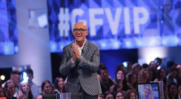 """Isola dei Famosi, Signorini: """"Non torno in tv con Alessia Marcuzzi e Mara Venier"""""""