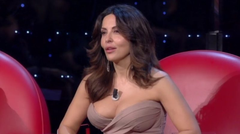 Amici perde pezzi, Sabrina Ferilli lascia il talent: