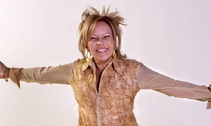 Morta Loalwa Braz Vieira, la cantante della 'Lambada': trovata carbonizzata in Brasile