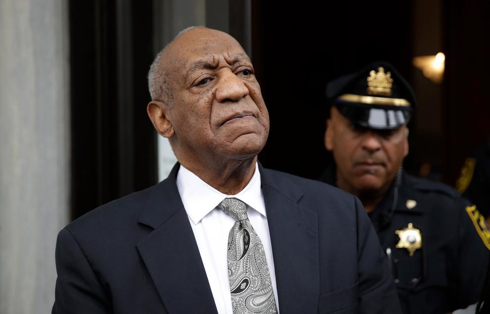 """Bill Cosby, annullato il processo per violenza sessuale: """"È presto per festeggiare"""""""