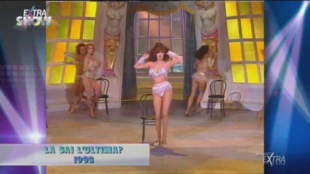 """""""La sai l?ultima?"""" 1993, la sensuale coreografia di Pamela Prati"""