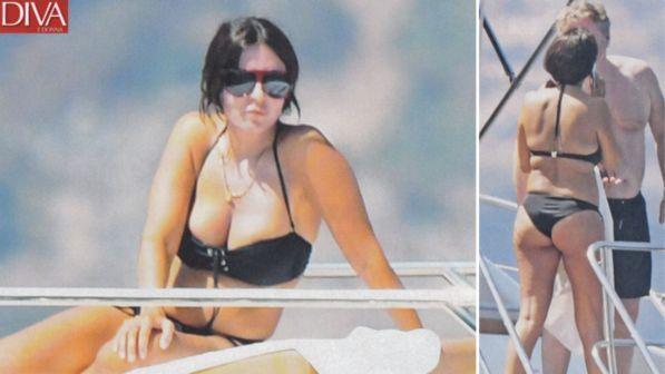 Sabrina Ferilli, bikini esplosivo con Flavio