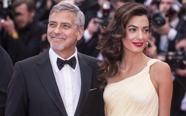 George e Amal Clooney aiuteranno 3mila bambini rifugiati siriani a studiare