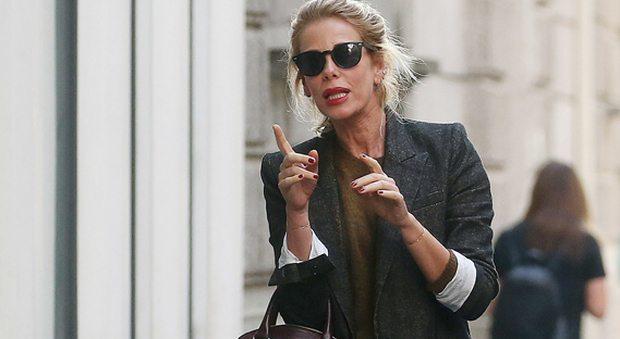 Alessia Marcuzzi, shopping con le amiche:
