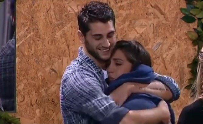 Cecilia Rodriguez scoppia a piangere e Jeremias la consola: ecco perché