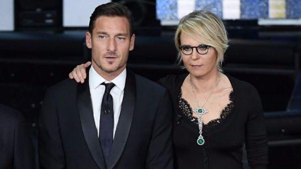 """""""House Party"""", Maria De Filippi fa coppia con Francesco Totti"""