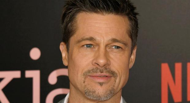 """Brad Pitt single, il trucco con le donne: """"Dice di chiamarsi William"""". Ecco perché"""
