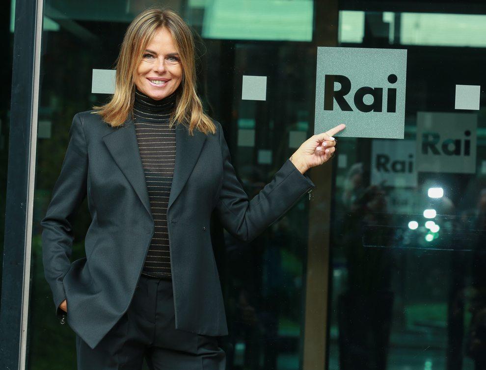 Superbrain stasera in tv, Paola Perego torna su RaiUno: ecco la formula del programma