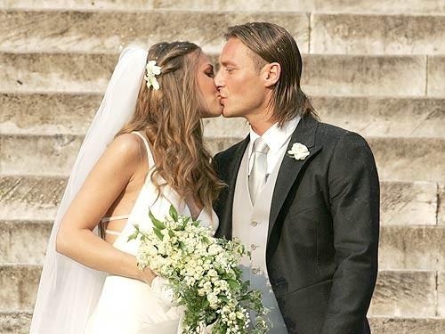 Francesco Totti e Ilary Blasi, 13 anni fa il matrimonio: il ricordo su Instagram