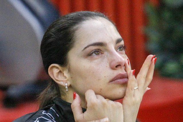 Grande Fratello Vip 2020, Carlotta Maggiorana vuole abbandonare la casa: il pianto disperato