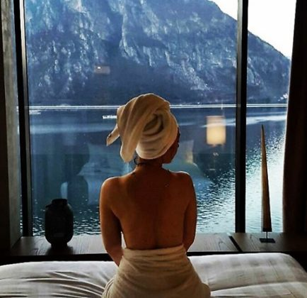 Chiara Francini da urlo: h0t in una stanza d'albergo