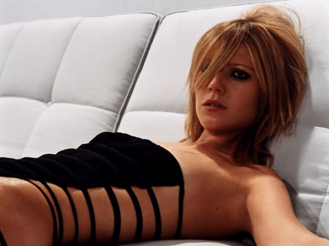 Gwyneth Paltrow, dopo la guida al se. sso anale l'ultima follia per curare la depressione