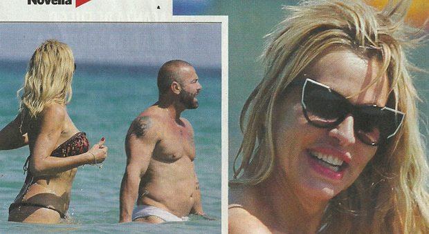 Valeria Marini, vacanza nel Salento con Alex Nucciatelli, ex di Antonella Mosetti