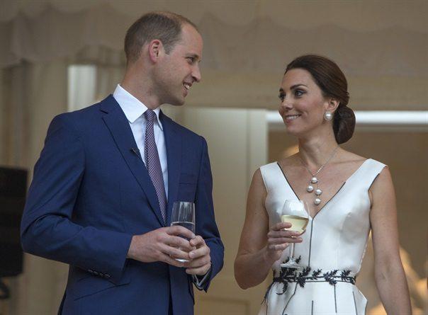 Kate Middleton in attesa del terzo figlio? Ecco l'indizio...