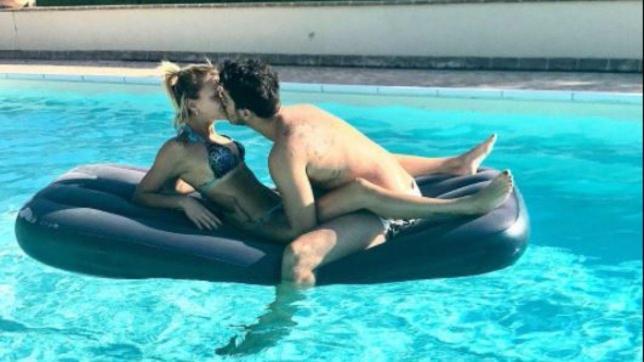 """Camilla e Riccardo, dopo """"Temptation"""" l?amore prosegue tra dediche e coccole"""