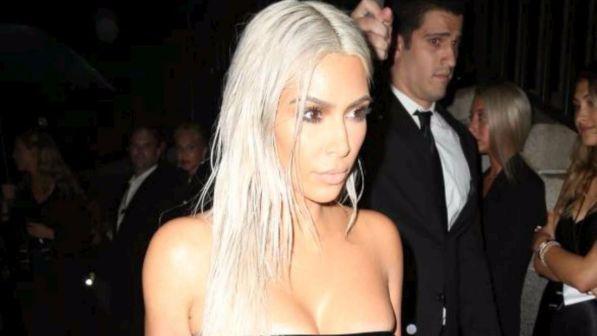 Kim Kardashian avrà una bambina da madre surrogata