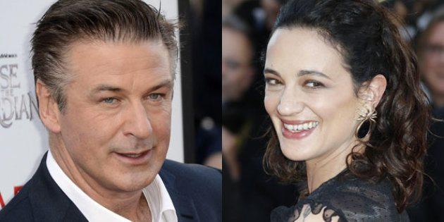 """Caso Weinstein, lite su Twitter tra Asia Argento e Alec Baldwin: """"Sei un completo idiota"""""""
