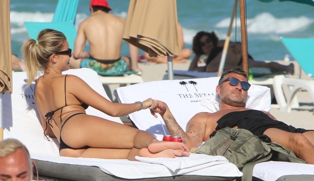 Christian Vieri e Costanza Caracciolo, festeggiamenti d?amore alle Bahamas