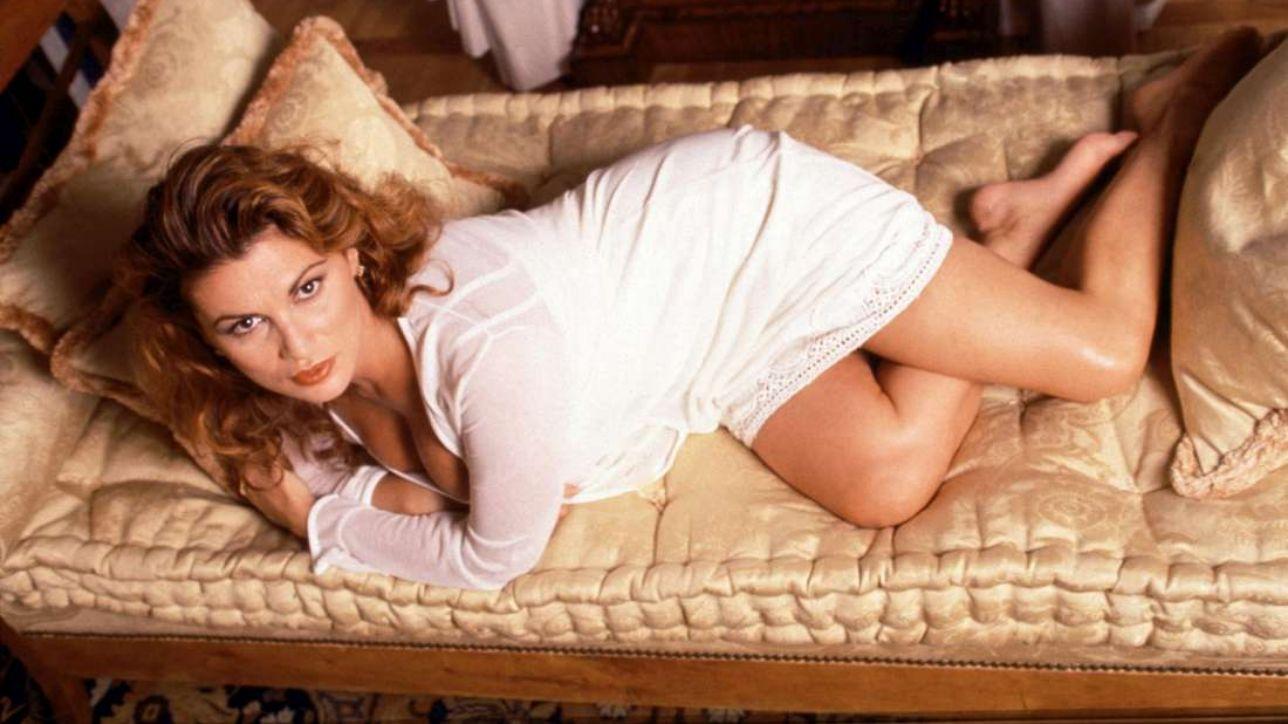 Serena Grandi, i 60 anni dell?icona sexy del cinema italiano